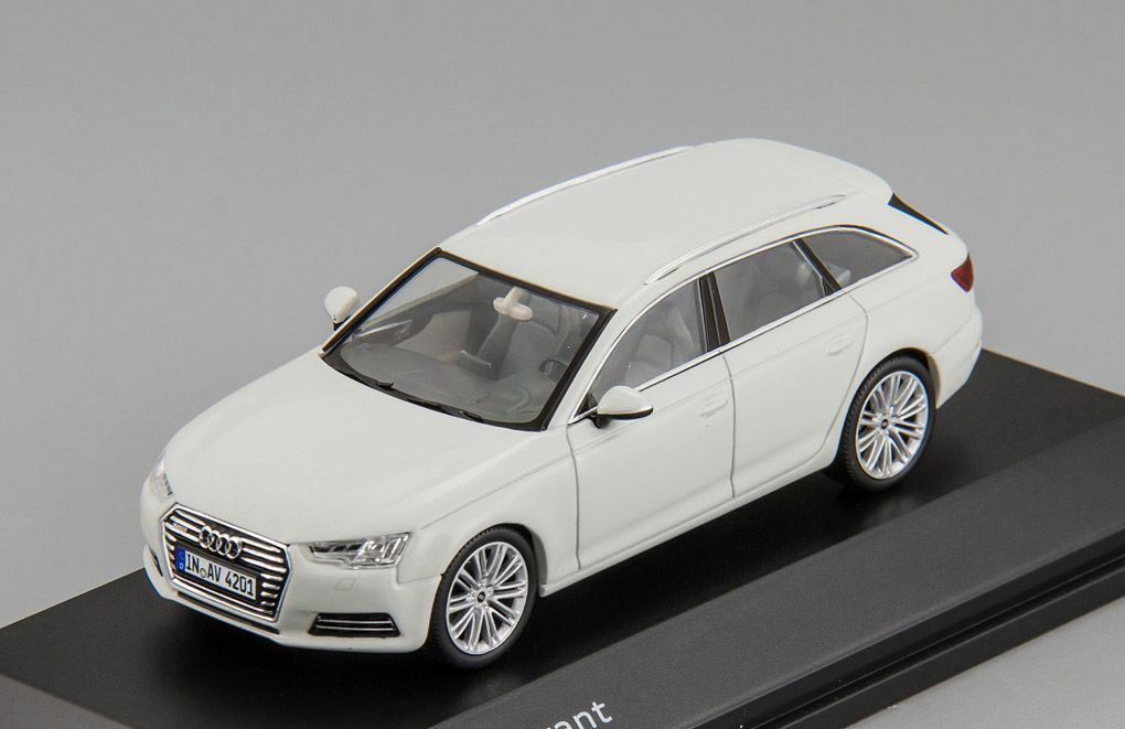 Audi A4 Avant 2015 Spark 1 43 5011504213