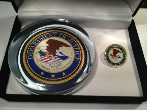 UNITED STATES GOVERNMENT AGENCY GLASS  PAPERWEIGHTS KEY RINGS /&  BADGES