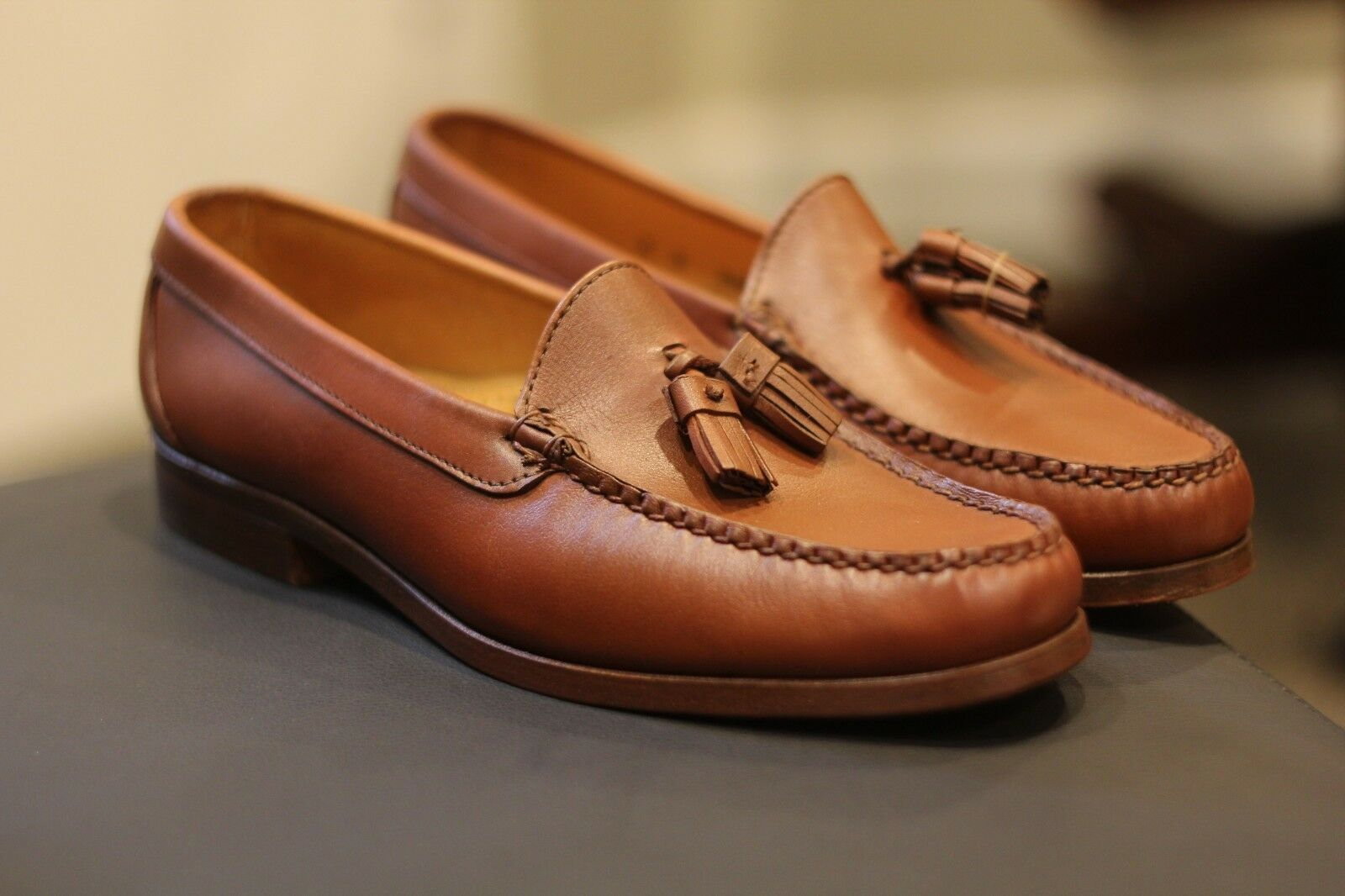 Alden H435 Brown Leather Loafers Rare Discontinued shoes Made in USA Size 9 D