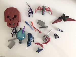 Random-Bundle-Of-Action-Figure-Accessories-Batman-Mask-Helmet-Weapon