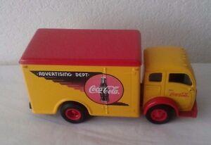 Coca-Cola-Delivery-Truck-Coca-Cola-Advertising-Dept-ERTL-Diecast-Metal-Bank