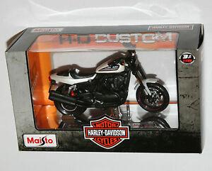 Maisto-Harley-Davidson-2011-XR1200X-White-Model-Scale-1-18