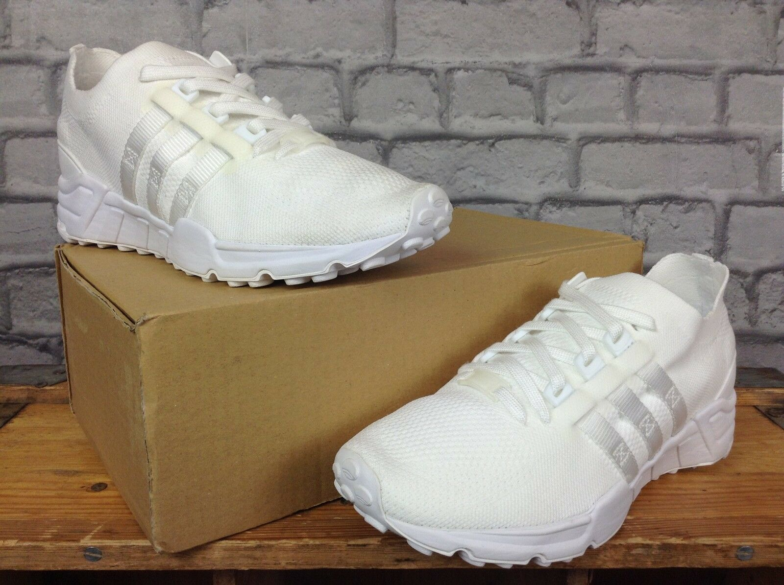 adidas Superstar Unisex - blanc noir Leather Trainers - Unisex 6 UK 844093