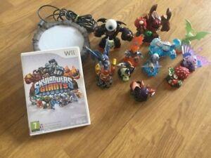 Skylanders-Giants-Starter-Pack-Wii