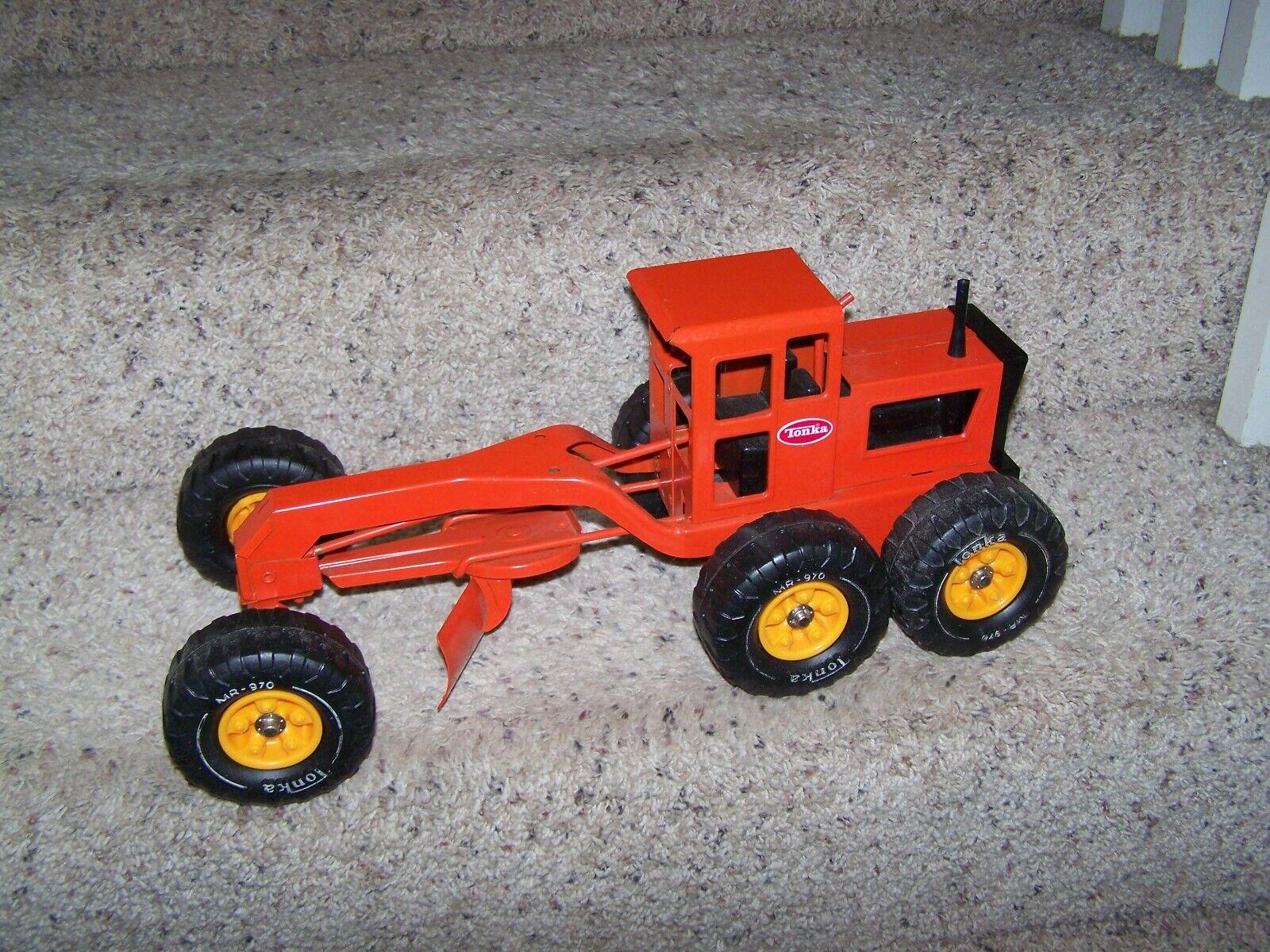 Vintage Tonka Road Grader MR-970 Orange Pressed Metal  1976-1977 near mint