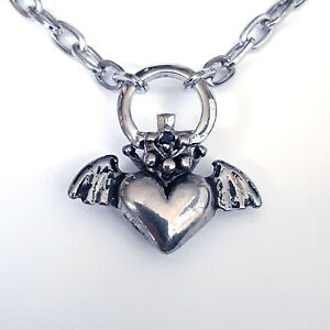 Gothic-Horror-Punk-Goth-70s-80s-Metal-Vampire-Bat-Winged-Heart-Pendant-Necklace