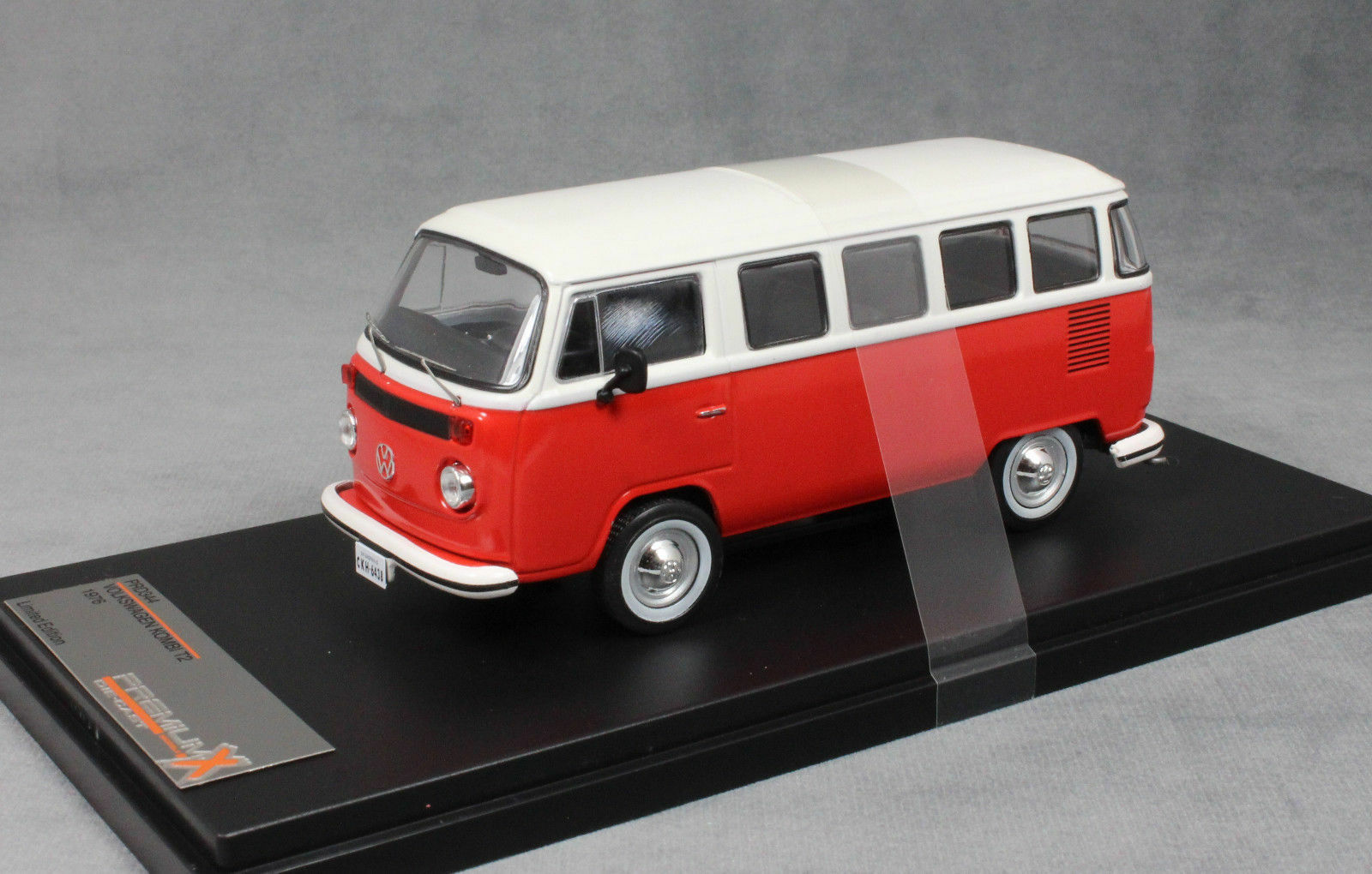 VW T2 KOMBI 1976 VITRE rouge PREMIUM X PRD344 1 43 VOLKSWAGEN TYPE 2 BULLI