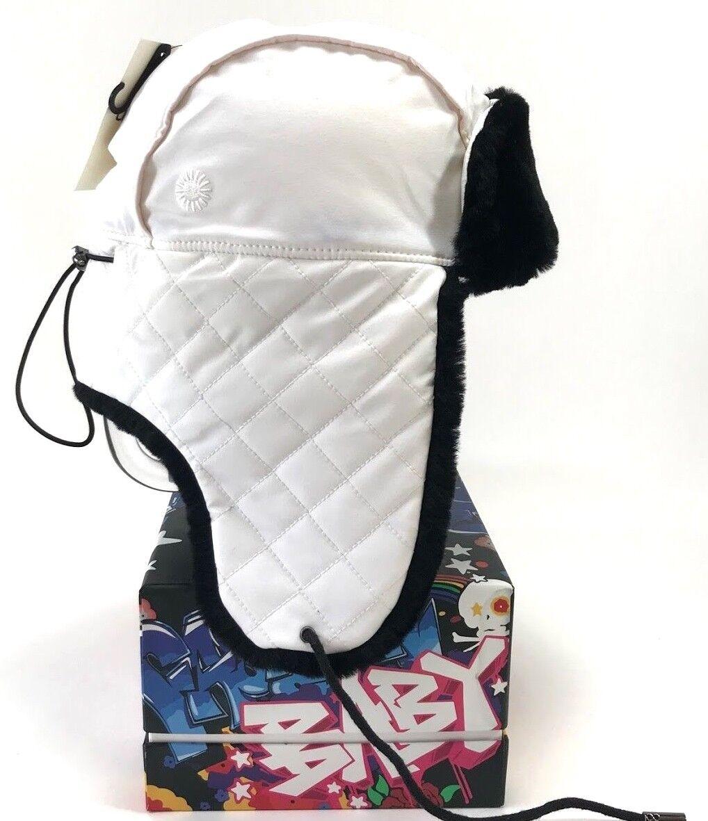 Ugg Australia Trappeur en nylon matelassé avec fourrure, chapeau d hiver blanc / noir pour femme