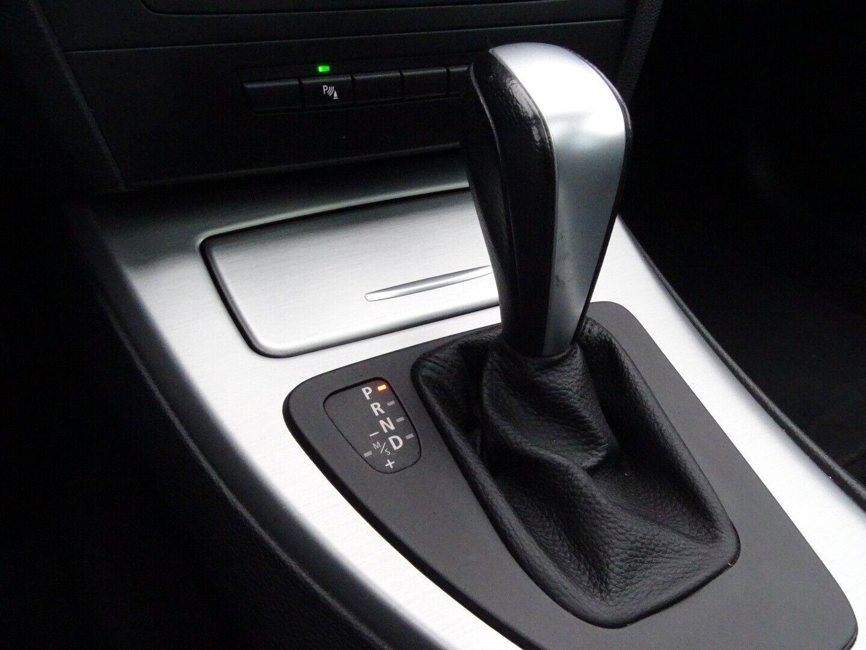 BMW 320d 2,0 Touring Steptr. - billede 12