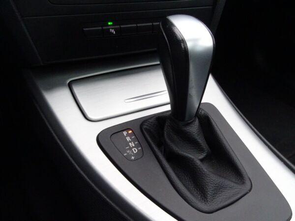 BMW 320d 2,0 Touring Steptr. billede 12
