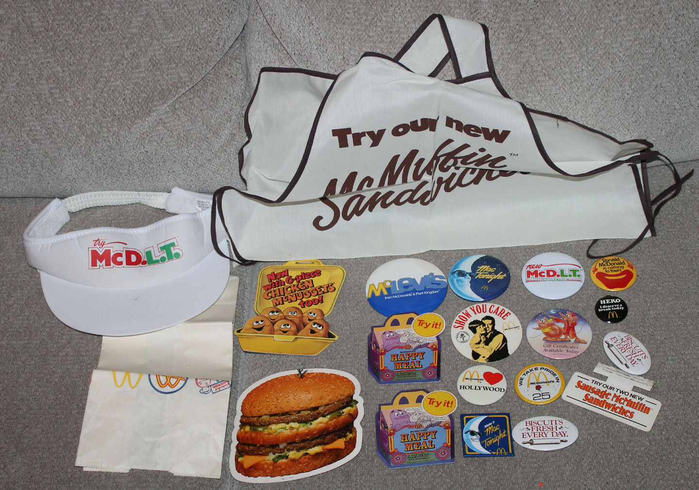 1980's - 90's Fast Food McDonalds Employee Apron & Hat & Buttons MCDs