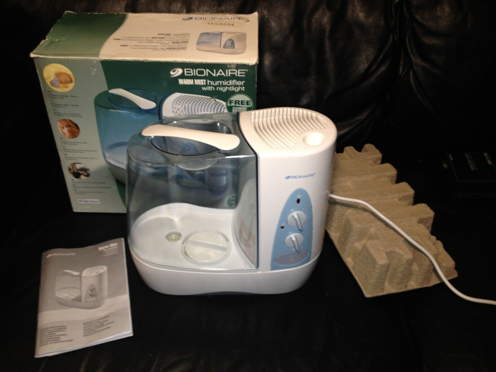 A Bionaire Warm Mist Air Humidifier Vaporiser Nightlight Good For Colds