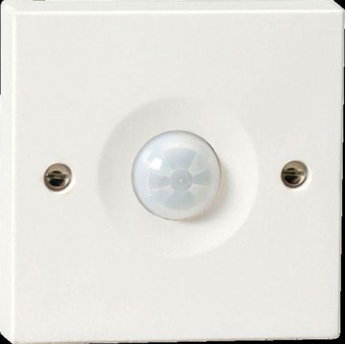 Knightsbridge Wall Mounted PIR Sensor Energy Saving Wall or Ceiling PIR0901