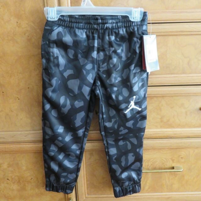 12beaf574d9 Boy's Jordan thermafit warmup sweatpants dark gray camo size 4 NWT $50