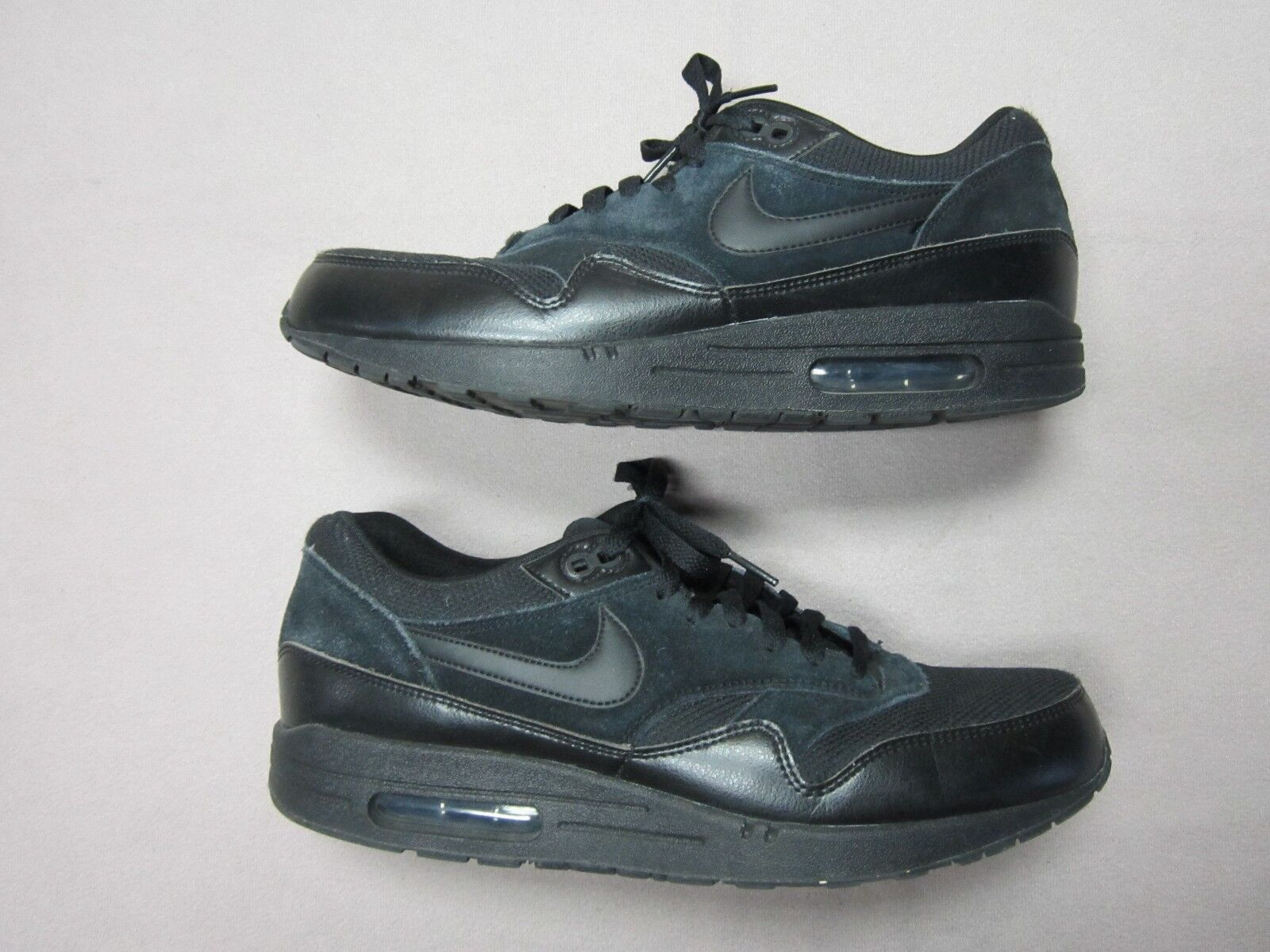 NIKE AIR MAX 1 ESSENTIAL MENS ALL BLACK SNEAKERS SHOES SIZE 11.5 537383-020 RARE