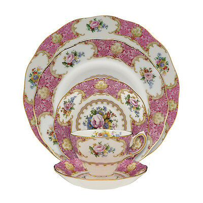 Royal Albert LADY CARLYLE 20 Pc Piece Set Service for 4  Dinnerware - NEW / BOX!