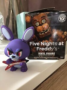 Five-Nights-at-Freddy-039-s-Vinyl-Figure-Mystery-Minis-Bonnie