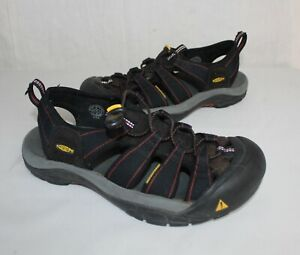 KEEN-Newport-Sport-Sandals-Black-Red-Size-9-Waterproof-Shoes