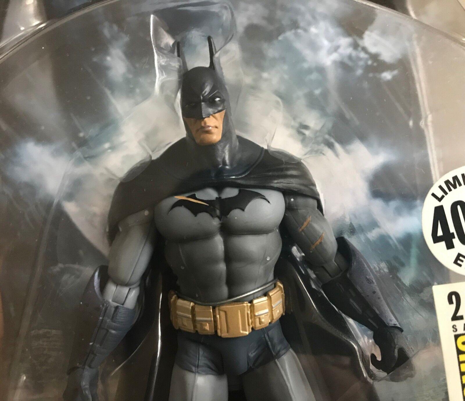 Batman Arkham Asylum Battle Damaged Variant SDCC Action Figure DC Direct Limited