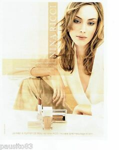 PUBLICITE ADVERTISING 116  2002   Nina Ricci  ligne maquillage & soin 2