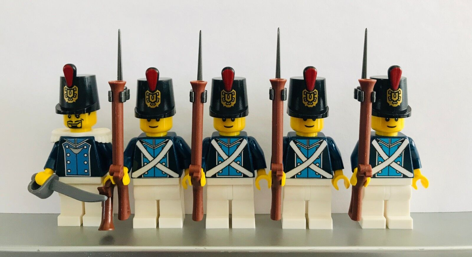 Lego PIRATES Infantry NAPOLEONIC WARS BAVARIAN Musketeer Infantry PIRATES Soldiers MINIFIGS 31b663