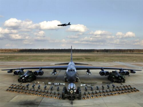 MILITARY AIR PLANE BOMBER JET B52 STRATOFORTRESS WEAPON POSTER ART PRINT BB946A