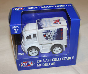 Western-Bulldogs-2018-AFL-Official-Supporter-Collectable-Mini-Truck-Model-New