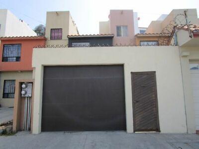 Casa en Balcones del Rubí a 10 minutos de la línea y centro. (REMODELADA)