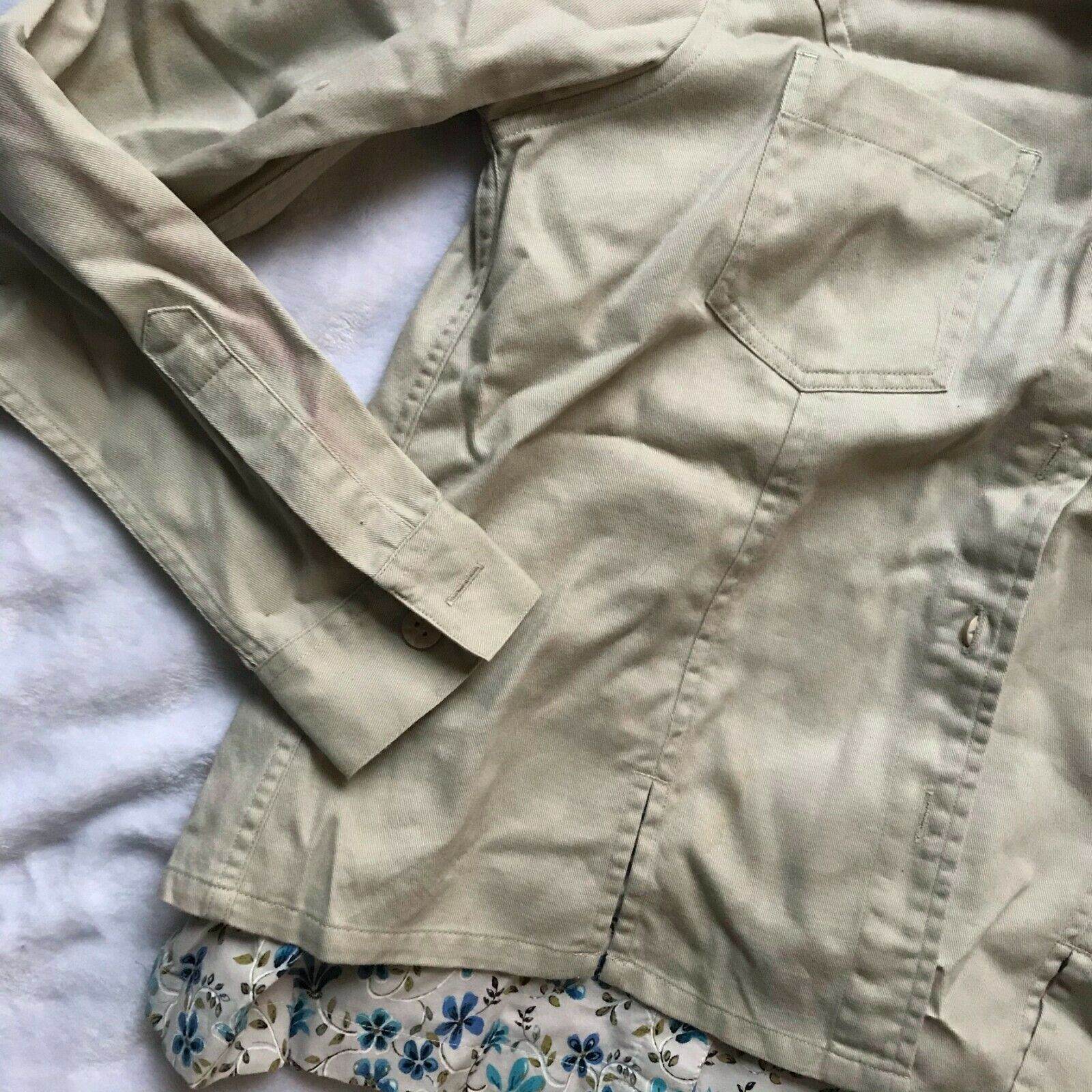 Women's 3 Piece Set - T-shirt, Denim Jacket, & Pu… - image 6