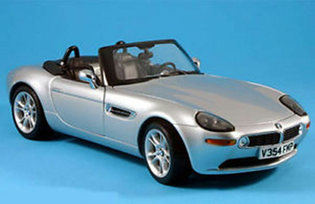 Kyosho 80430007667 80430007667 80430007667 bmwz 8 Diecast Model   the world is not enough 1:18th échelle | De Qualité Supérieure
