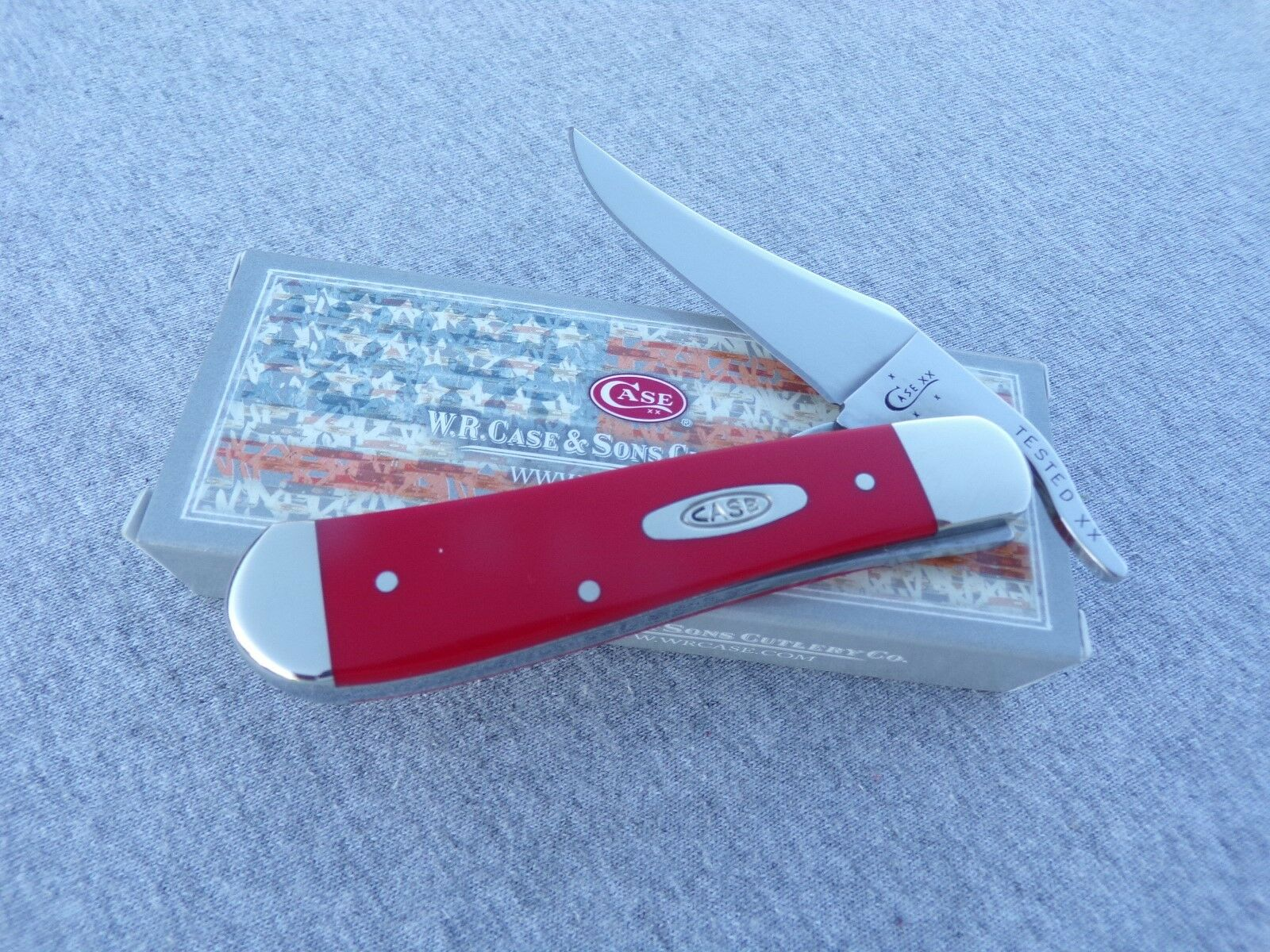 CASE XX * 2017 SMOOTH RED SYNTHETIC RUSSLOCK KNIFE KNIVES NEW