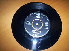 """ELVIS PRESLEY  """"IT'S NOW OR NEVER""""     7 inch  45  1960"""