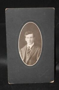 Victorian-Antique-Cabinet-Card-Photo-of-Handsome-Young-Man