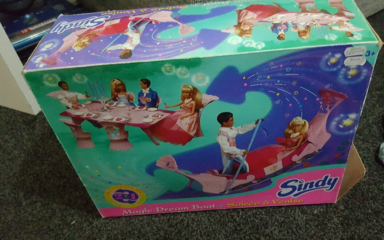 VINTAGE HASBRO Sindy Dream Boat 1990s giocattolo in scatola, tra cui Sindy e Paul Bambole