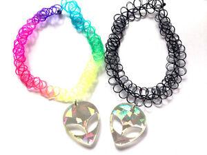 90s-HOLOGRAPHIC-ALIEN-Acrylic-Pendant-TATTOO-Black-Rainbow-Choker-Necklace