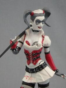 BTAS DC Batman Arkham Harleen Quinzel Figure 3 pk Harley Quinn Statue Joker NEW