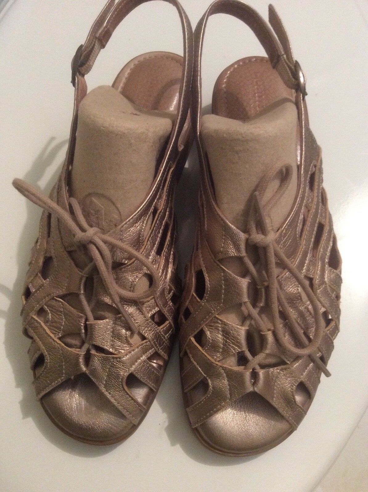 Beauti Feel Woman sandals comfort metallic Sz 37 Shock Absober made in Israel