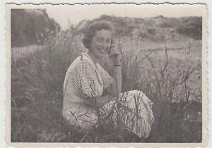 (f25458) Orig. Photo Femme En Plein Air, Promenade à Francfort-est Habité 1933-en 1933 Fr-fr Afficher Le Titre D'origine