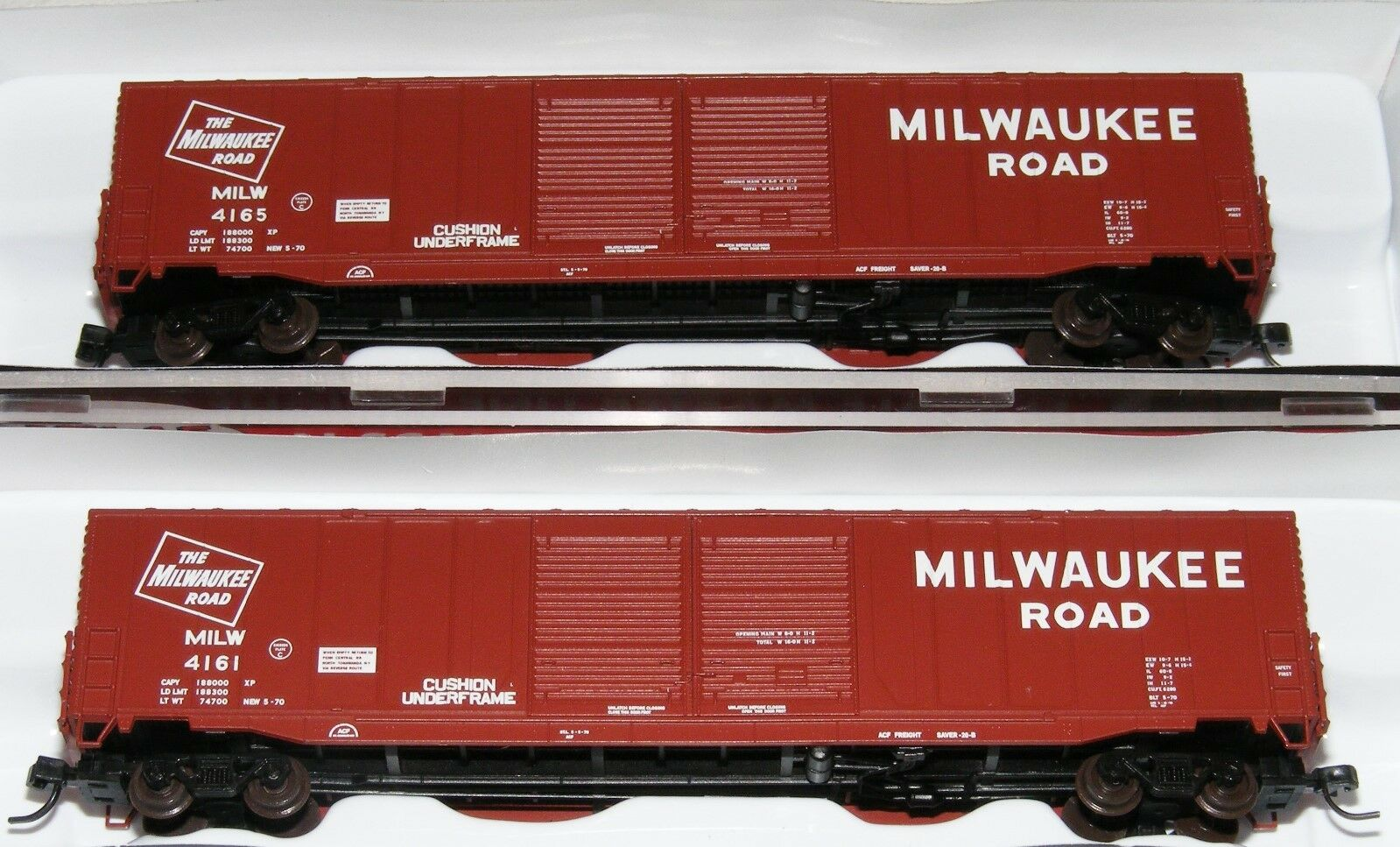 Atlas N Scale ACF 60' Auto Parts Box Car Milwaukee Road (MILW) Lot of Two New