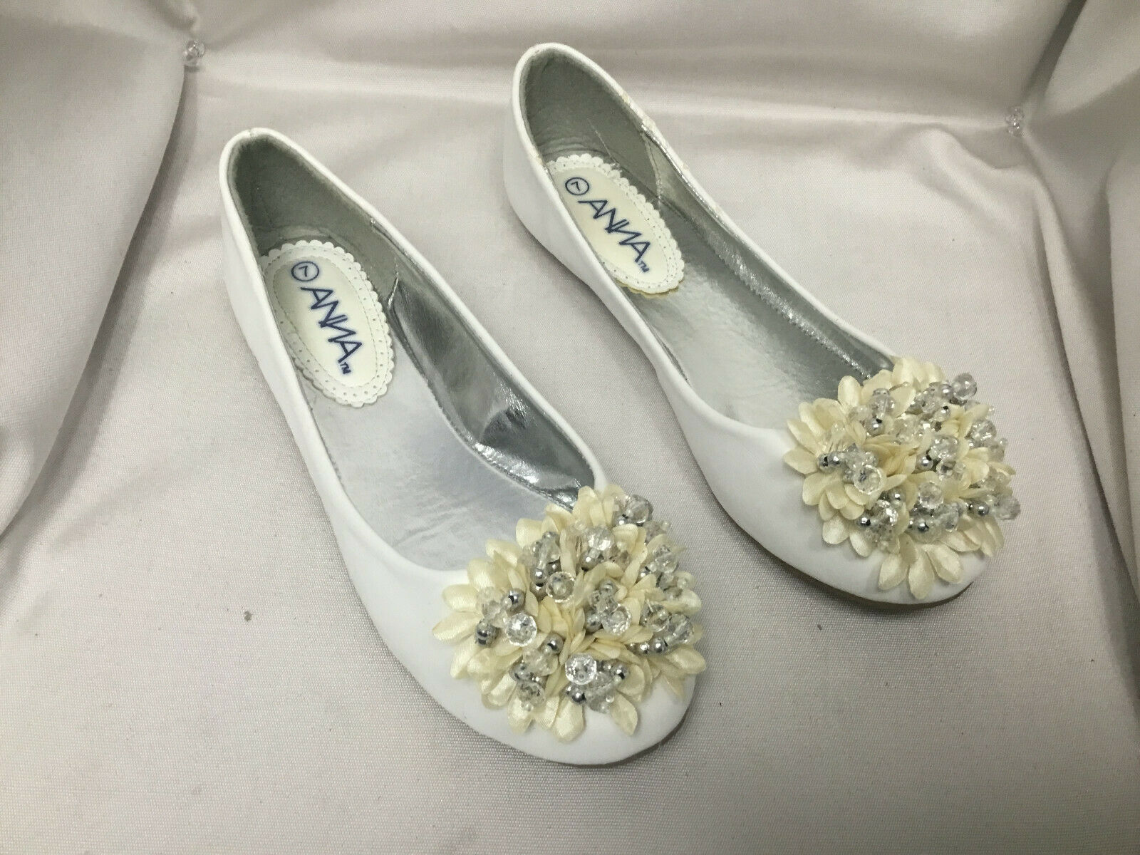 NEW White Round Toe Faux Leather Flat Ballet Pumps Slip On Women Shoes SIZE 7