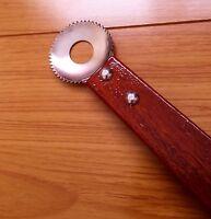 Coconut Shredder / Handy Scraper Portable Cheese Grater Tools 8 Length