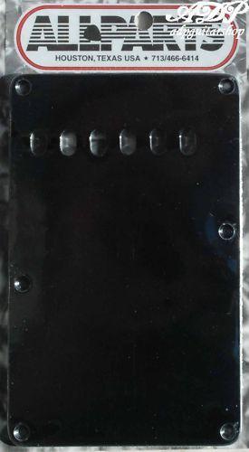 Plaque Vibrato Tremolo BackCover Strat Us Black 1 ply .060
