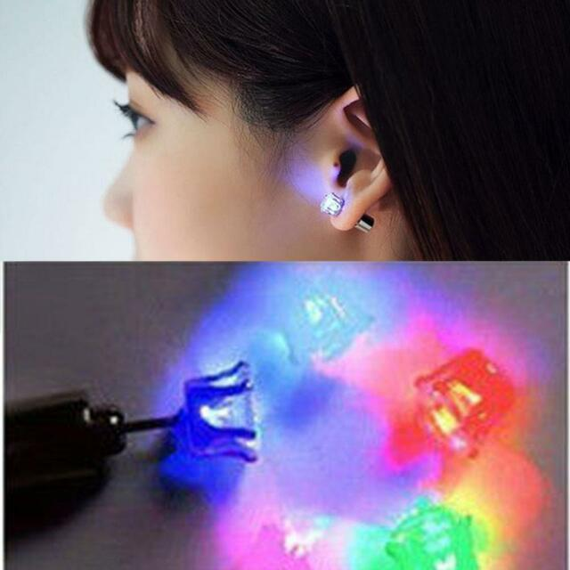 Color changing Light Up LED Bling Ear Stud Earring Accessories For Party/Xmas E∝