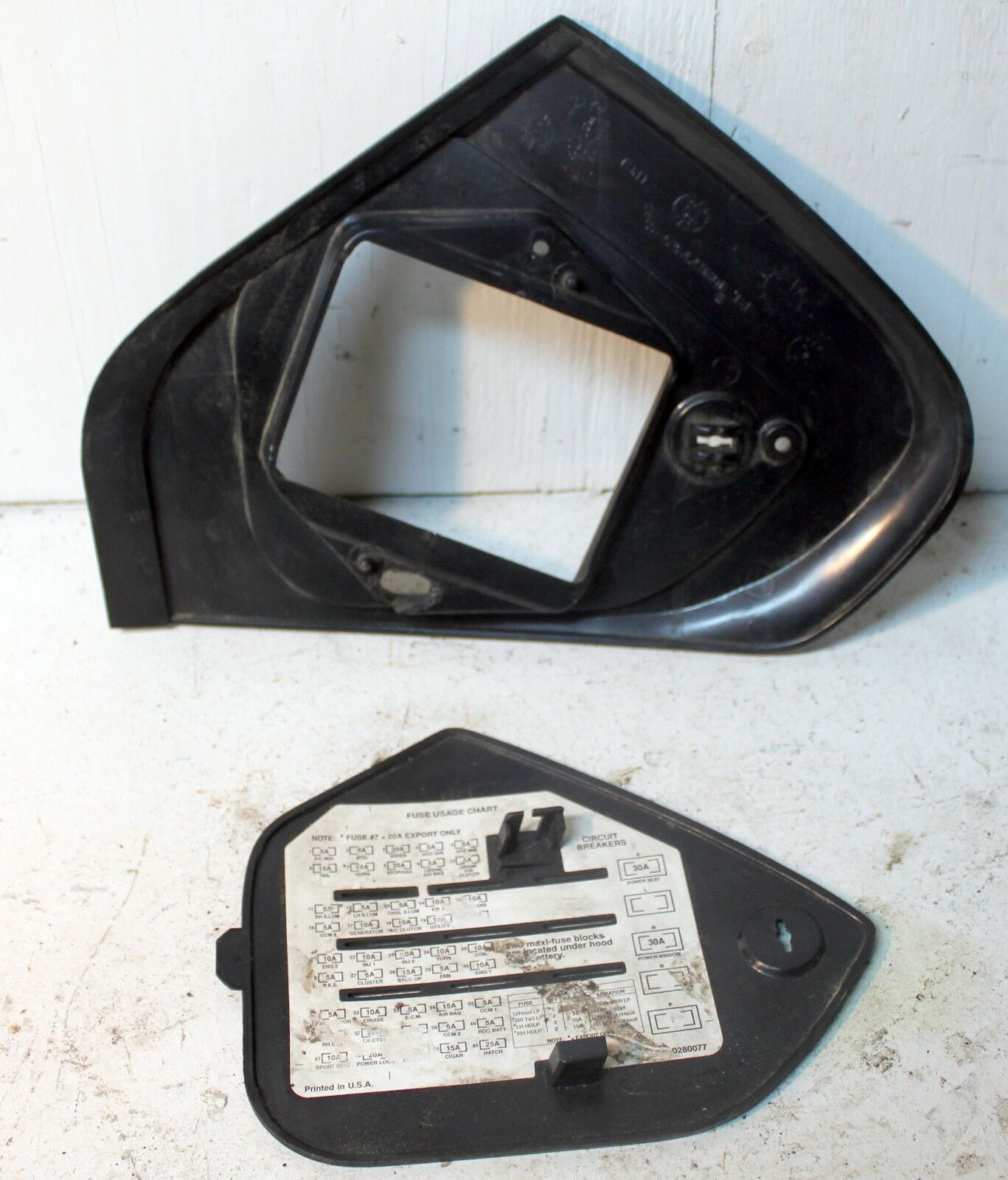 94-96 C4 Corvette Interior Fuse Panel Door Cover and Bezel GM 10267755 |  eBay