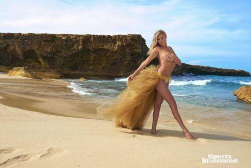 Various A 2018 Sports Illustrated SI Swimsuit Bikini Model KATE UPTON