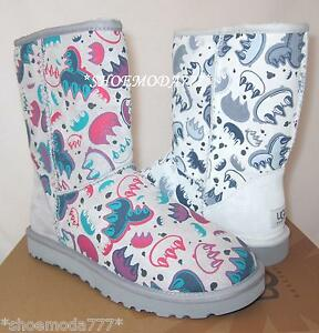 aff8e767bd6 Details about UGG Classic Short Graffiti Claw Boots Sheepskin New 7 8 9 10  UK 5.5 6.5 7.5 8.5
