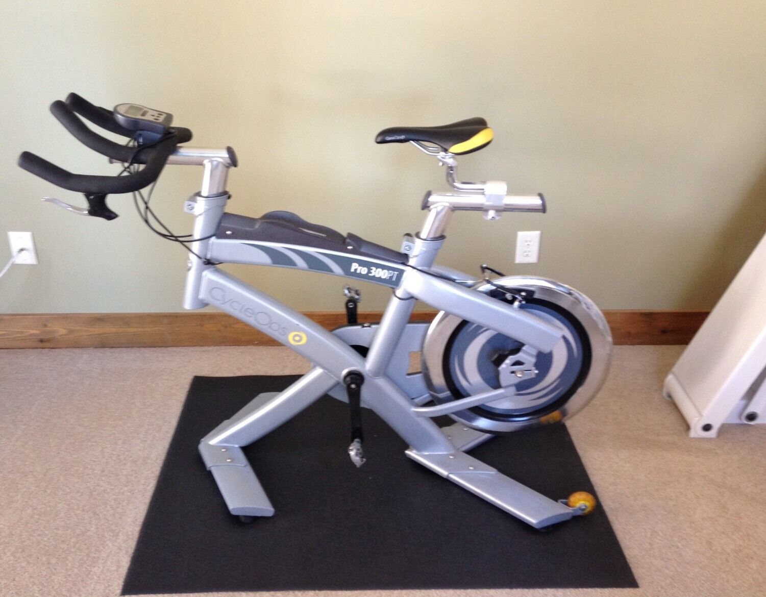 CycleOps Pro 300PT Indoor Cardio Stationary Spin Training Exercise Bike