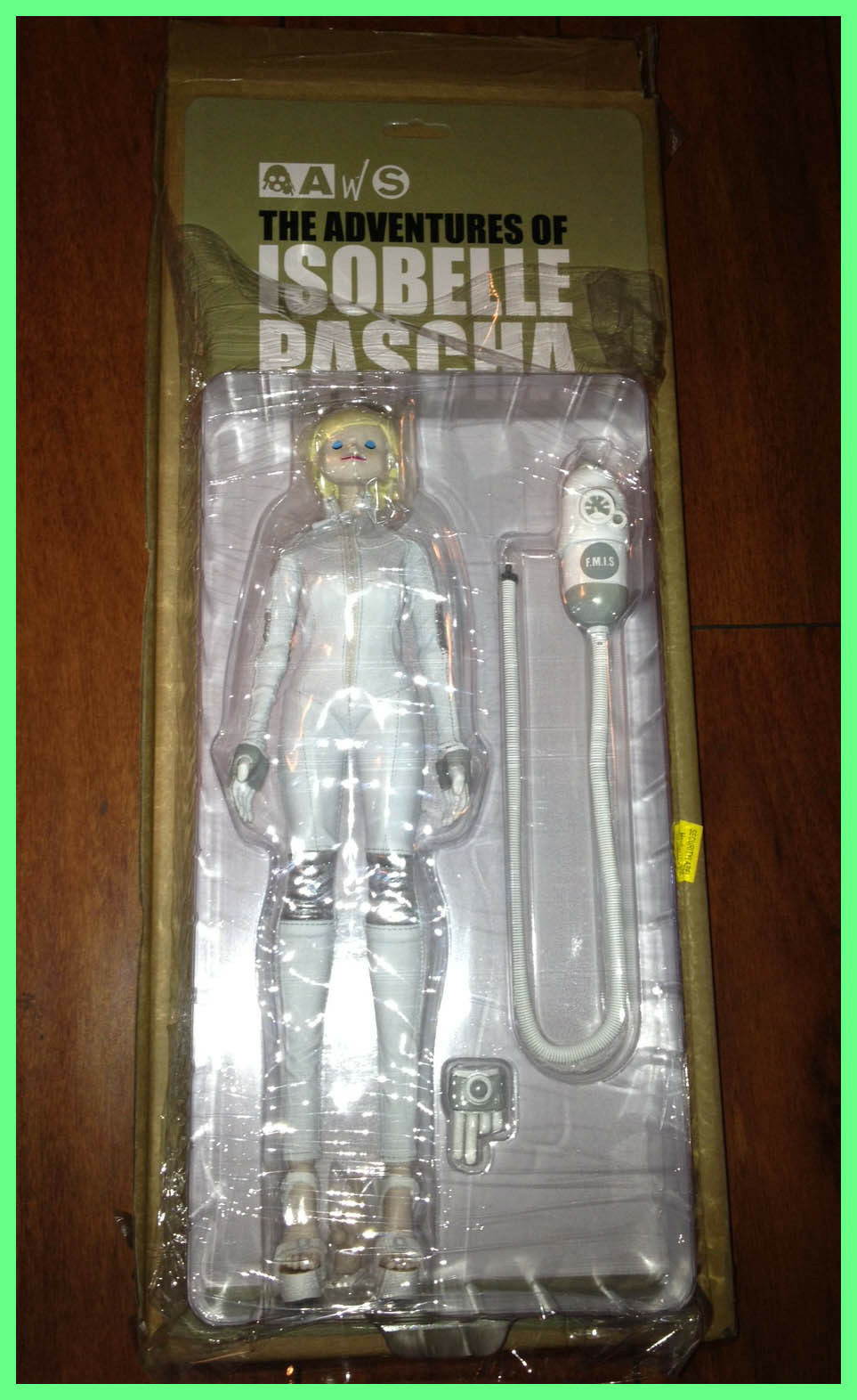 Isobelle Pascha EYES CLOSED F.M.I.S CMD Edition Ashley Wood 3A Threea SDCC 2013