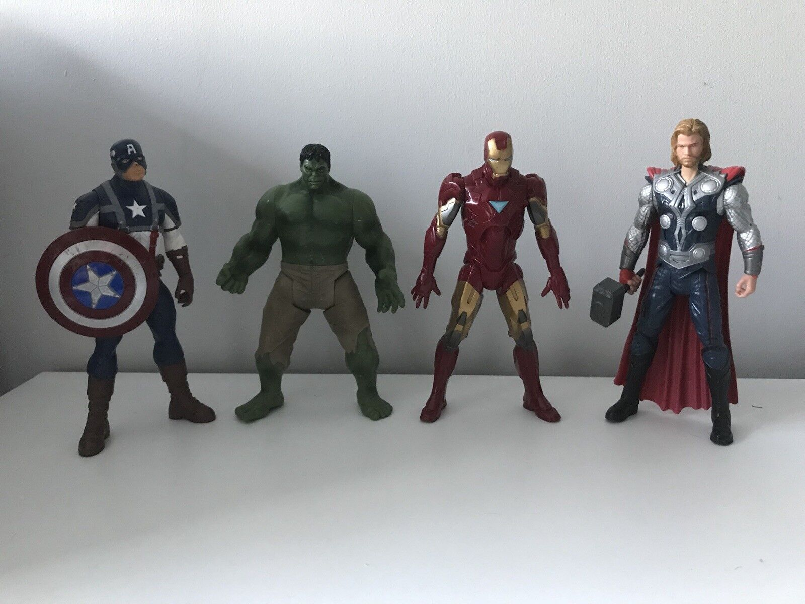 Avengers figures, Ironman, The Hulk, Captain America and Thor 8 inch figures