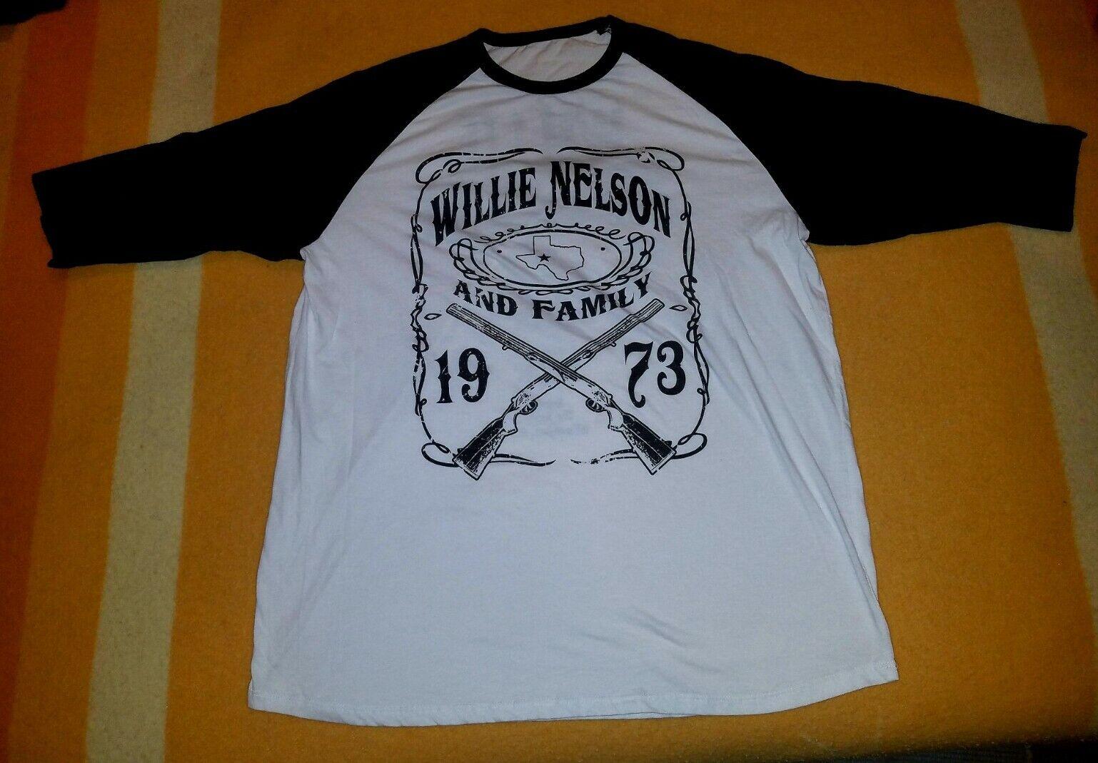 VTG Shotgun Willie Nelson and Family Tour 3/4 Length Large T-shirt 1973, CA & NC